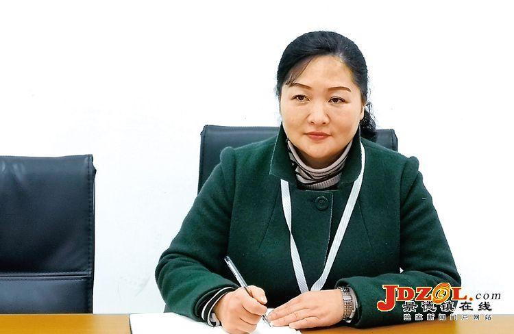 全国人大代表余梅:齐抓共建社区养老新模式