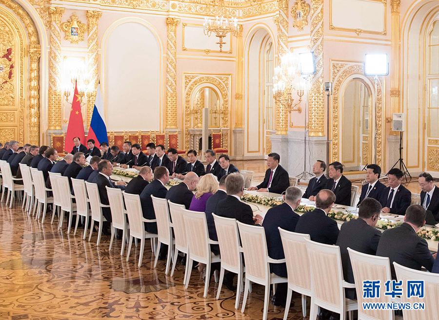 国家主席习近平在莫斯科克里姆林宫同俄罗斯总统普京会谈